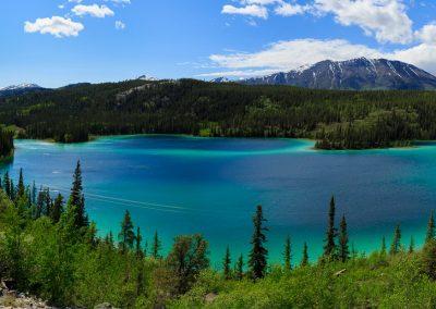 travel-emerald-lake-yukon-pano