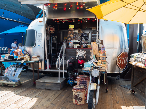 santa-monica-pier-travel-is-sweet-caravan-vendor
