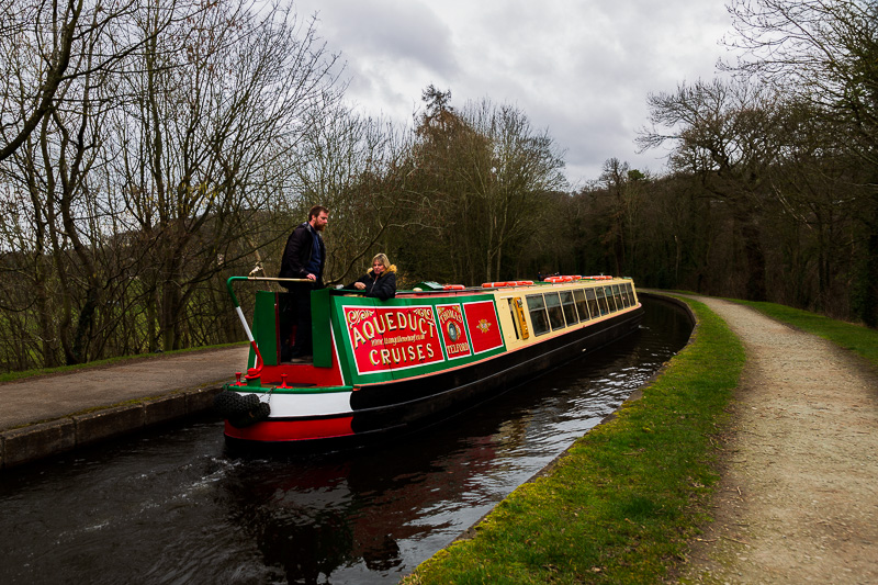house sitting witley canal boat travel is sweet