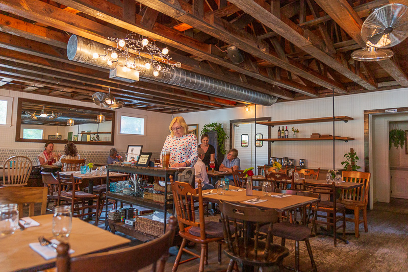 angel oak cafe inside travel is sweet