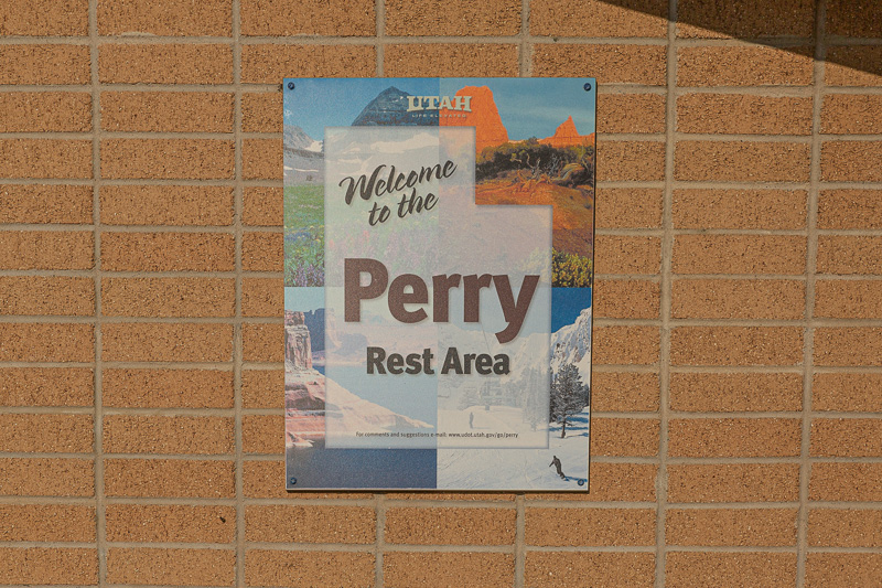 boondocking perry rest stop sign