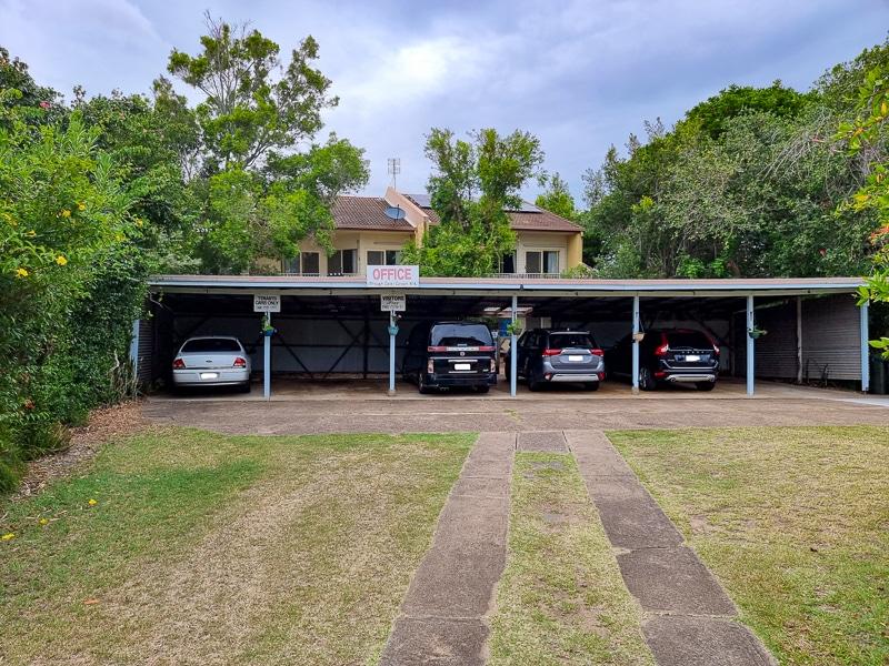 lisianna hotel apartments parking